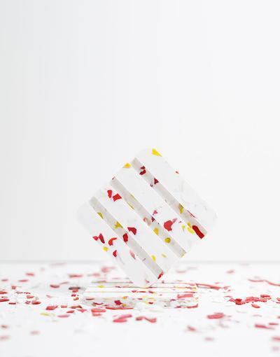 Porte savon en plastique recyclé Erable