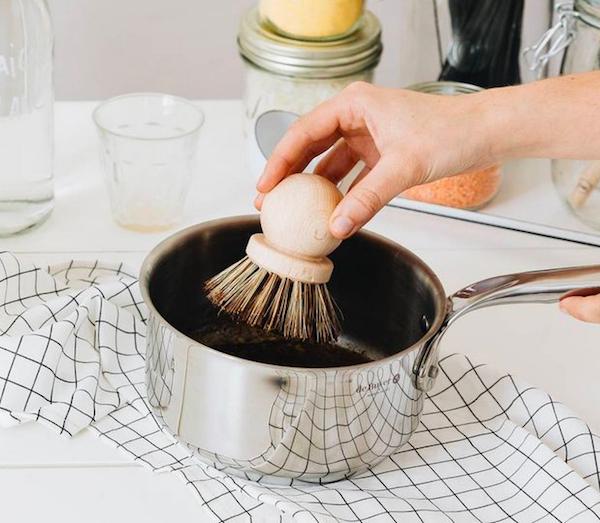 Brosse à casserole