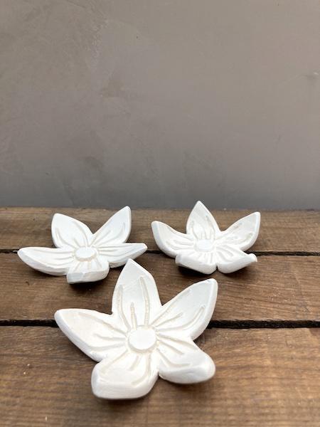 Petite Fleur en céramique
