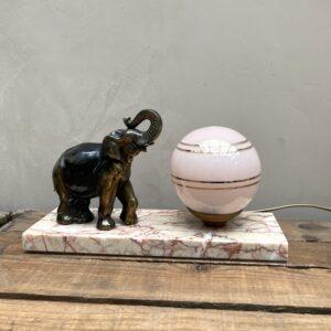 Lampe de chevet vintage - éléphant en régule sur socle en marbre